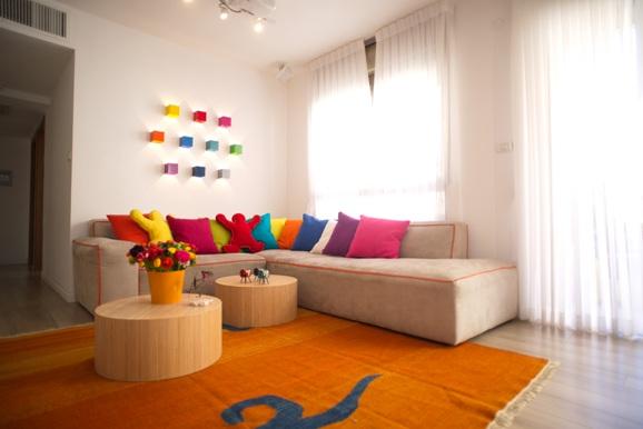 עיצוב קירות הסלון